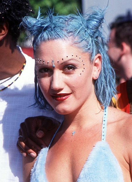 90Er Frisuren Damen  Krepphaar Co Die schlimmsten Beauty Trends der 90er