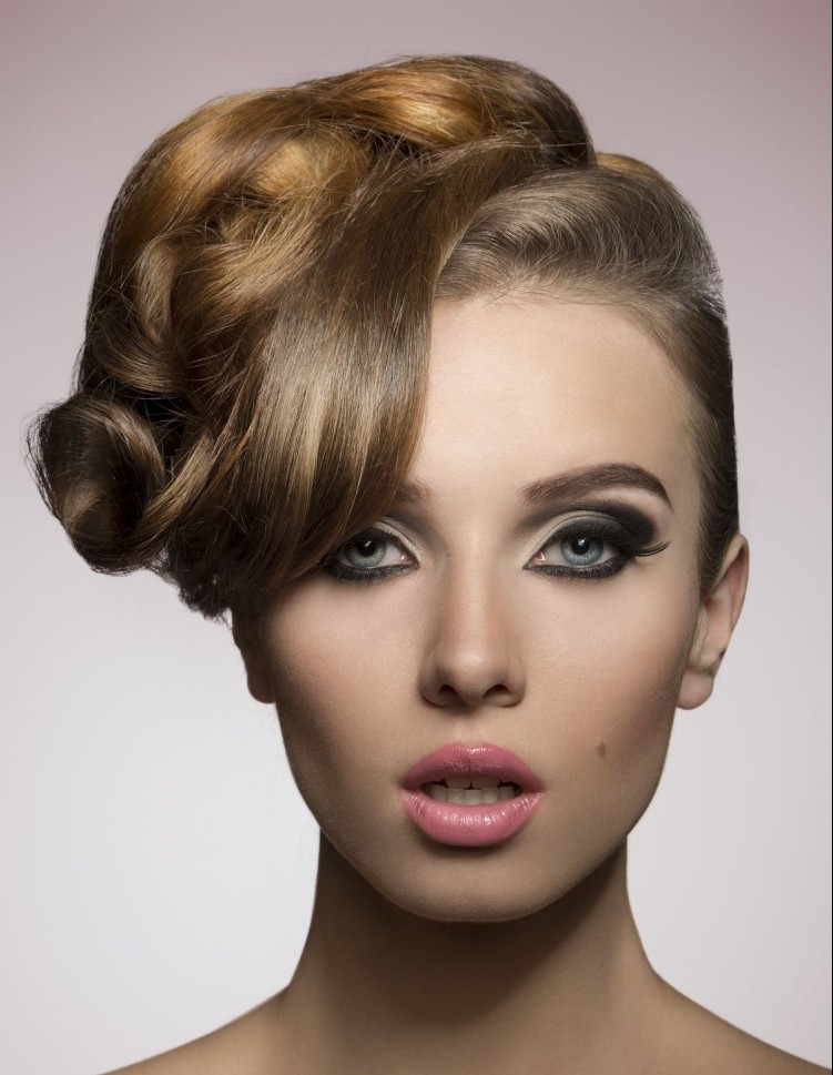 Abiball Frisuren Hochgesteckt  Abiball Frisuren für den großen Tag hübsche Stylingideen