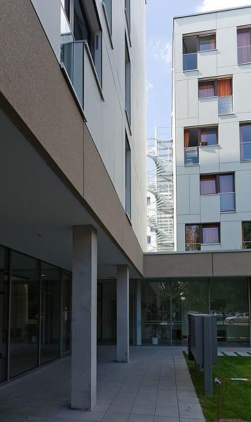 Alfred Delp Haus Dinslaken  Alfred Delp Haus Francfort sur le Main 2008