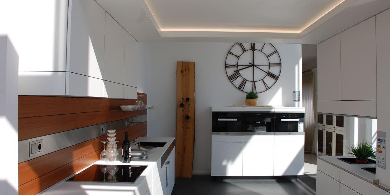 Asmo Küchen  ARTESIO polarweiß matt