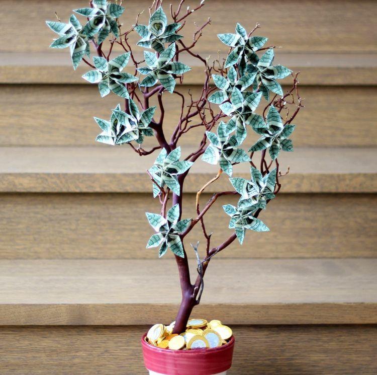 Außergewöhnliche Geburtstagsgeschenke  Zur Hochzeit einen Baum mit Geldscheinen und münzen