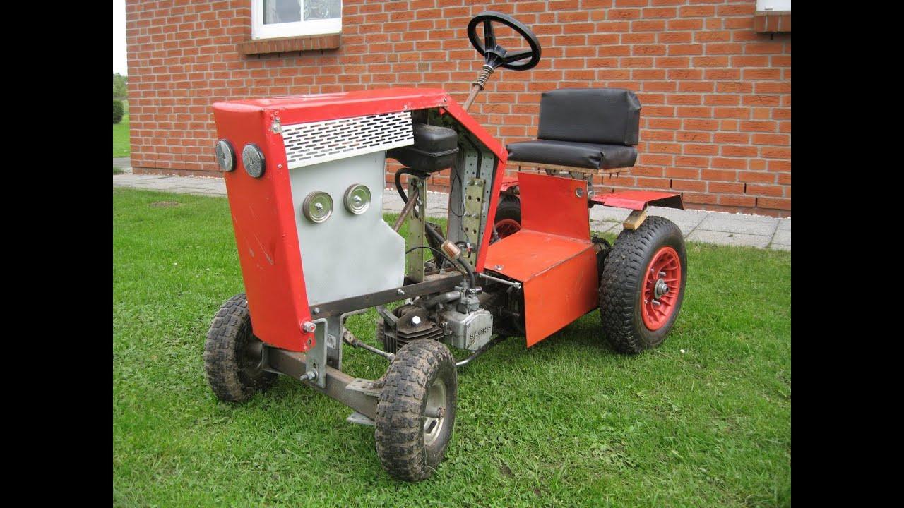 Ausmalbilder Kleiner Roter Traktor  kleiner roter Traktor mit Mofamotor Anfänge
