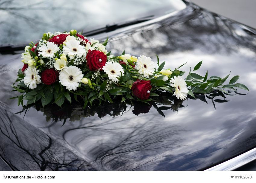 Autoschmuck Hochzeit Befestigung  Autoschmuck Herz fuer Blumengestecke 24 x 9 cm