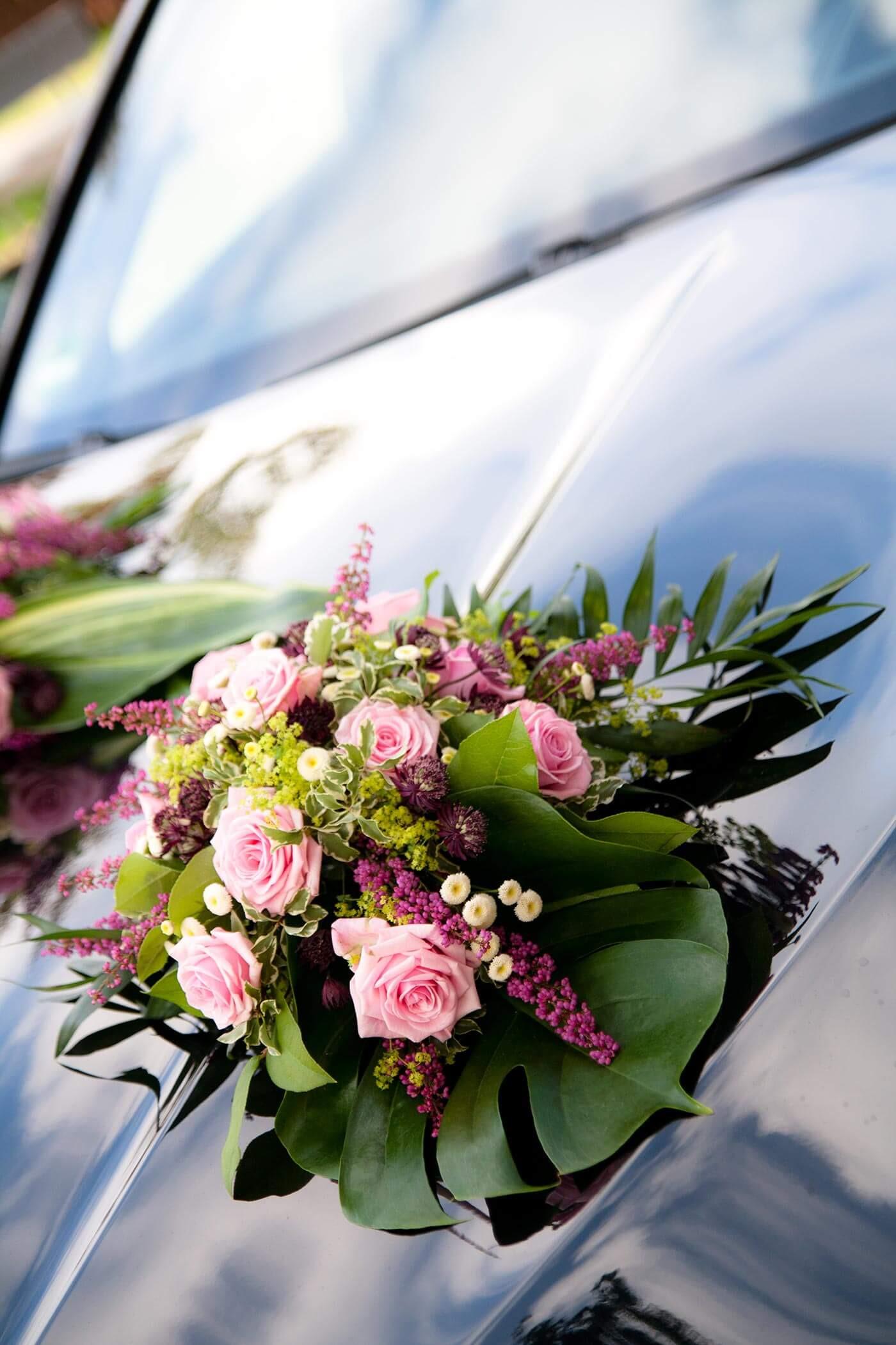 Autoschmuck Hochzeit Befestigung  Hochzeit Autoschmuck Rosa