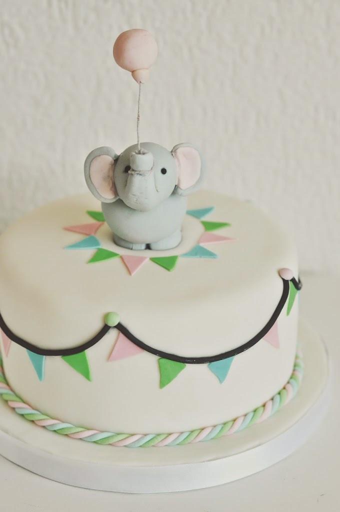 Baby Geburtstagstorte  Elefanten Geburtstagkuchen