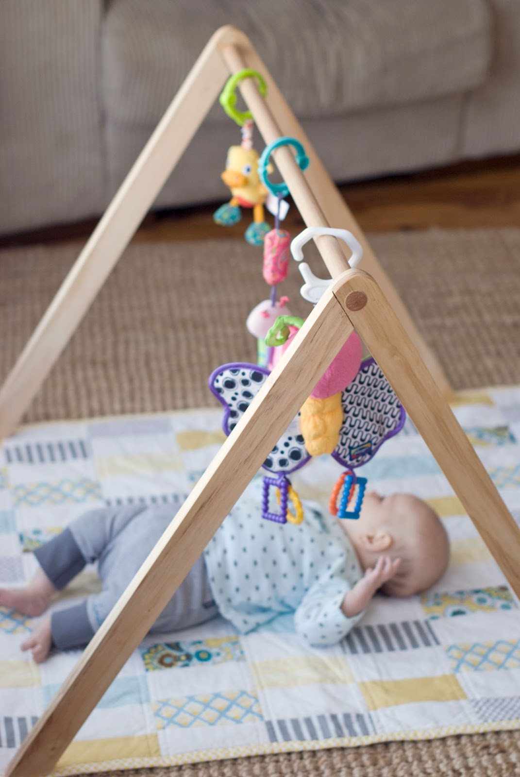 Baby Gym Diy  Empty Handed Wooden Baby Gym TUTORIAL NOW AVAILABLE