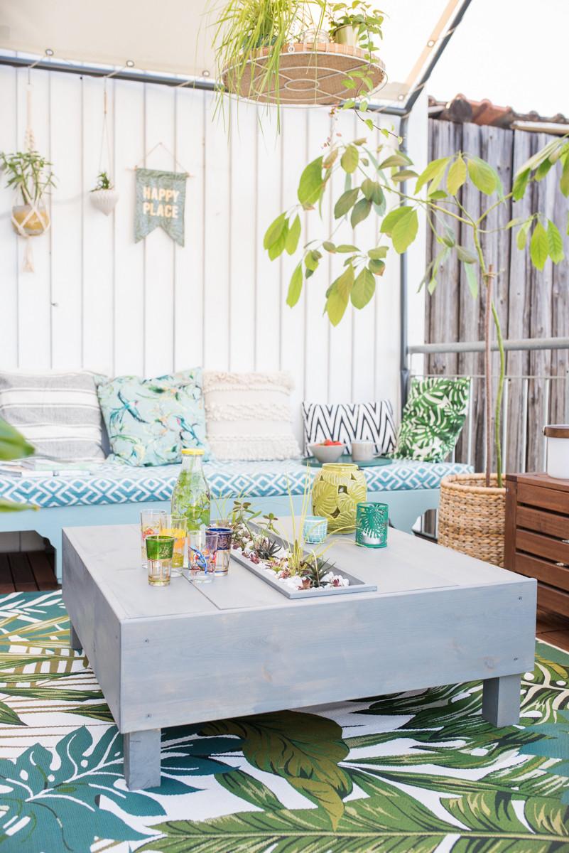 Balkon Diy  DIY bepflanzter Lounge Tisch für den Balkon Leelah Loves