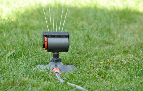 Bewässerungssystem Garten  Mit einem geeigneten Bewässerungssystem den Garten pflegen