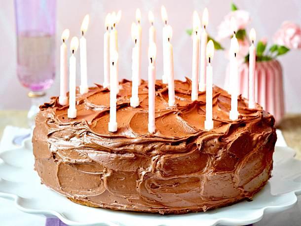 Bild Geburtstagstorte  Schokoladen Geburtstagstorte Rezept