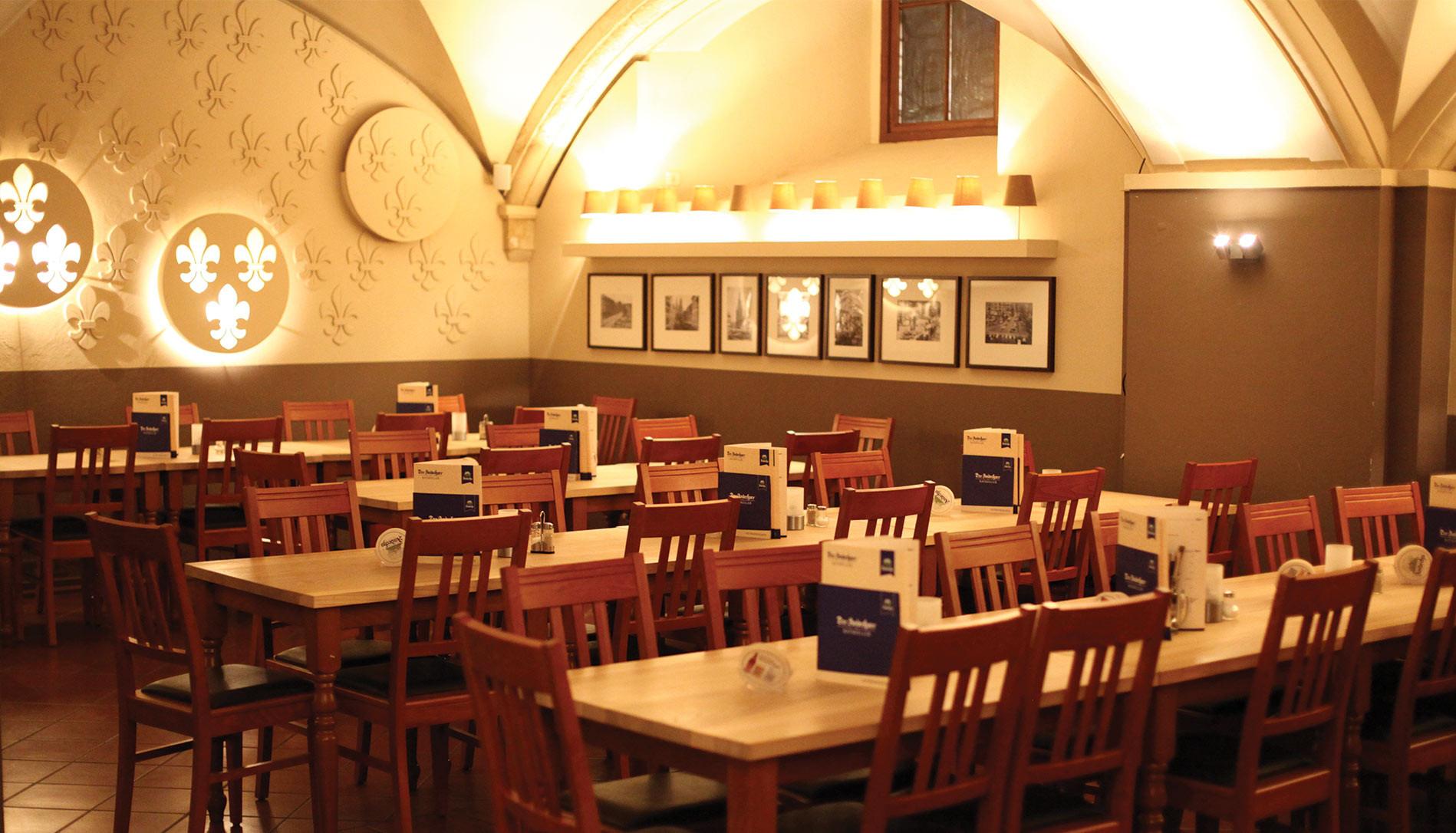 Das Wohnzimmer Wiesbaden  Das Wohnzimmer Wiesbaden Speisekarte Speisekarte jannis