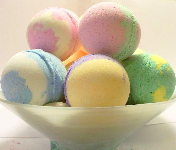 Diy Badebombe  How to Make Bath Bombs 5 Easy Recipes Going EverGreen