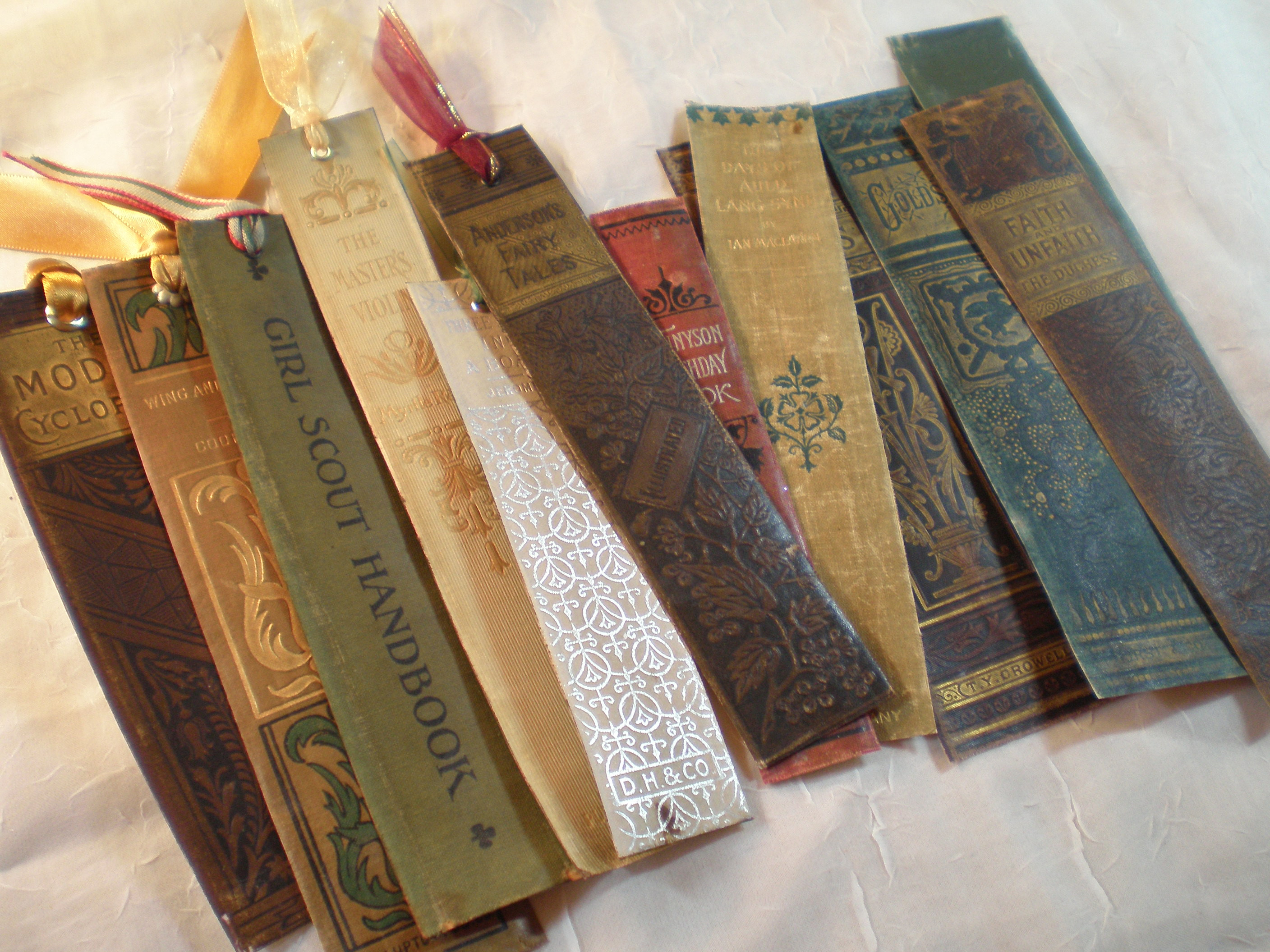 Diy Bookmark  25 Different Ways To Make and Create Your Own BookMarks
