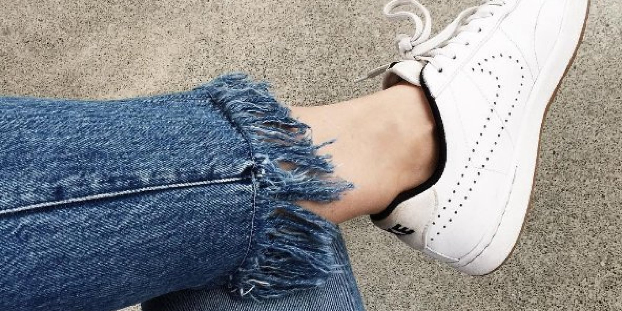 Diy Jeans  DIY Frayed Jeans How To Fray Your Denim Into Fringed Hem