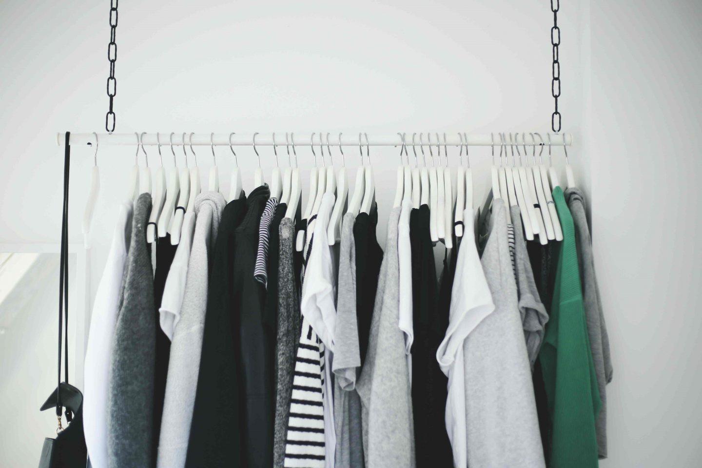 Diy Kleiderstange  DIY Wardrobe Area Hängende Kleiderstange