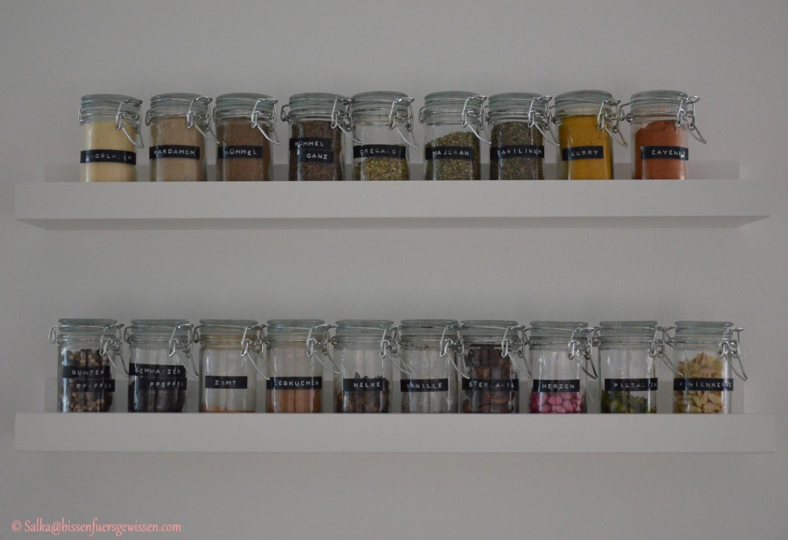 Diy Küchenschrank  Spice up DIY Gewürzregal Bissen fürs Gewissen