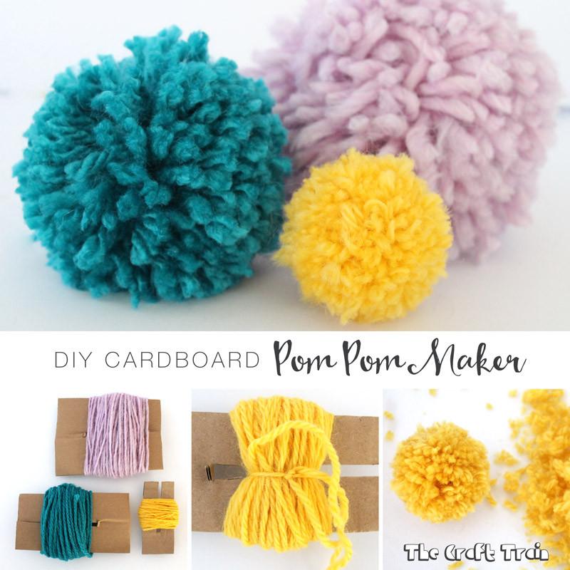 Diy Pom Poms  DIY cardboard pom pom maker