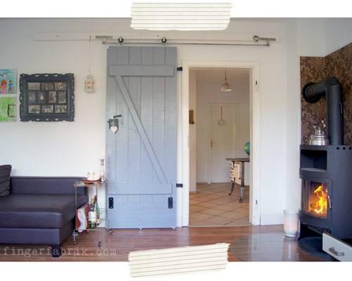 Diy Schiebetür  DIY Idee Schiebetür bauen Von der Kellertür zur