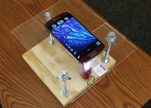 Diy Smartphone  $10 DIY Microscope That Uses A Smartphone For