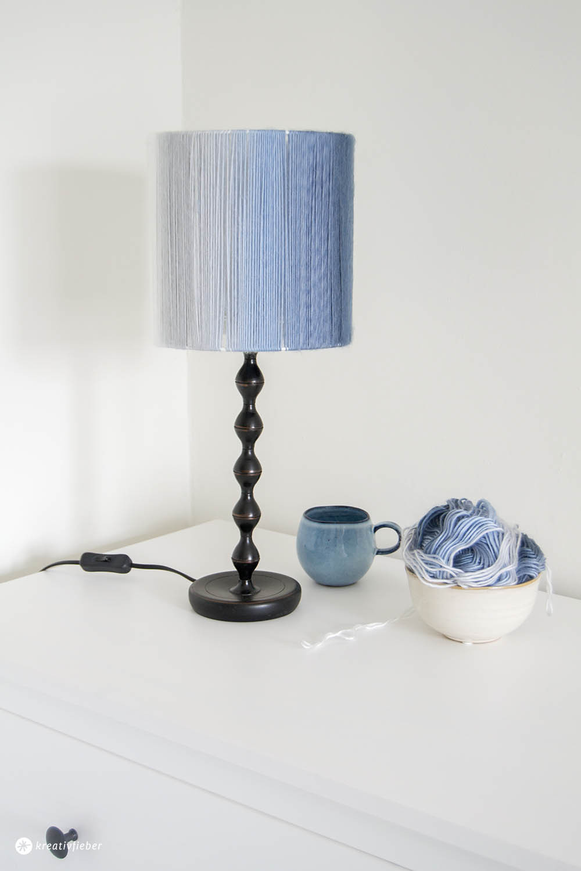 Diy Wolle  DIY Lampenschirm aus Wolle