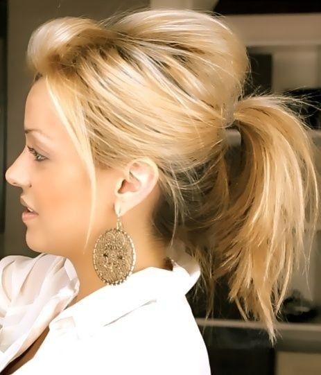 Easy Frisuren  Messy Niedlich Pferdeschwanz Frisur für Mittellang Haar