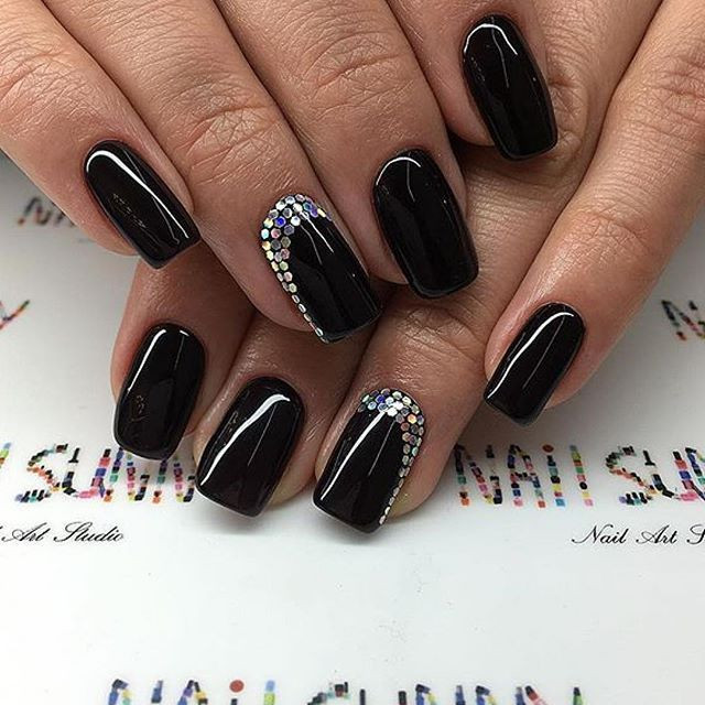 Elegante Nageldesigns  25 best ideas about Schwarze Nägel auf Pinterest