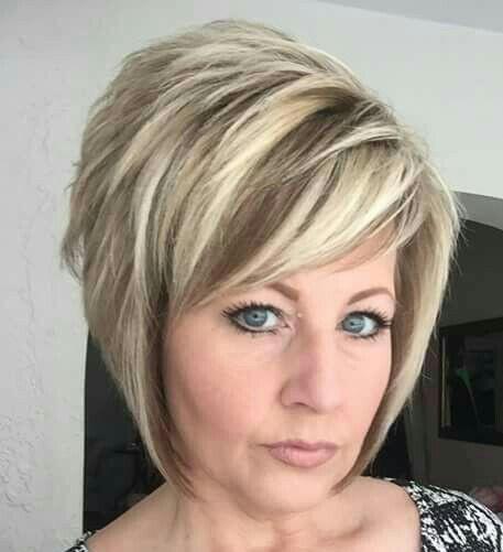 Flotte Frisuren Für Graue Haare  136 besten Flotte Frisuren ab 60 Bilder auf Pinterest