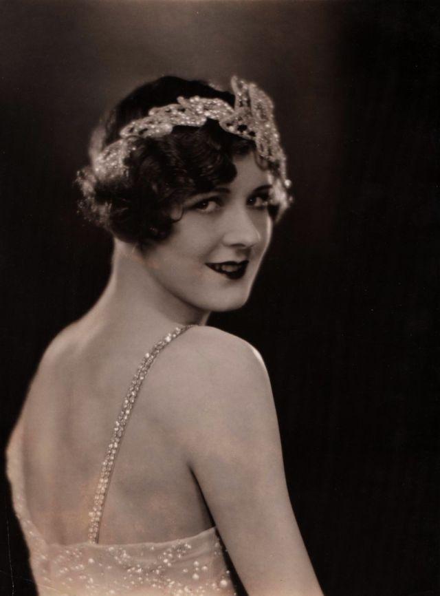 Frisuren 1920Er  37 besten Frisuren 1920 1939 Bilder auf Pinterest