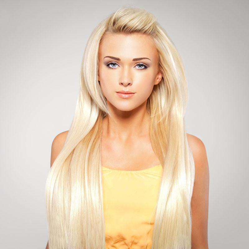 Frisuren 2019 Lange Haare  Extrem lange Haare in Platinblond Blonde lange Haare