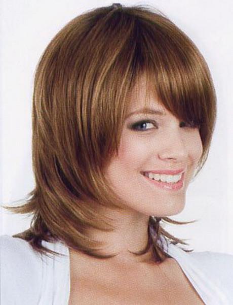 Frisuren Damen Halblang  Frisuren halblang stufen