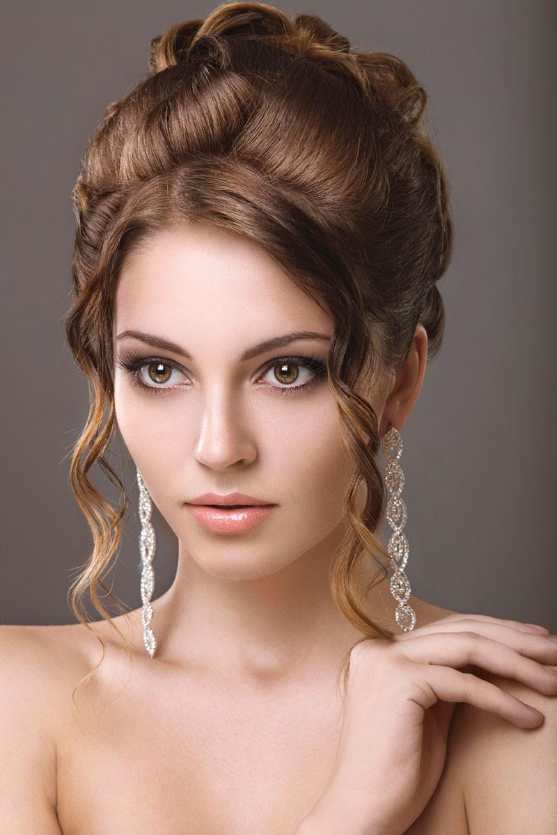 Frisuren Festlich  Festliche Abendfrisur für lange Haare