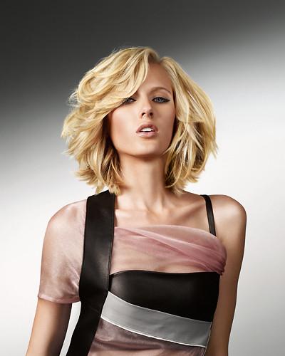 Frisuren Frauen Schulterlang  Frisuren Schulterlang Frauen Fashion News HD