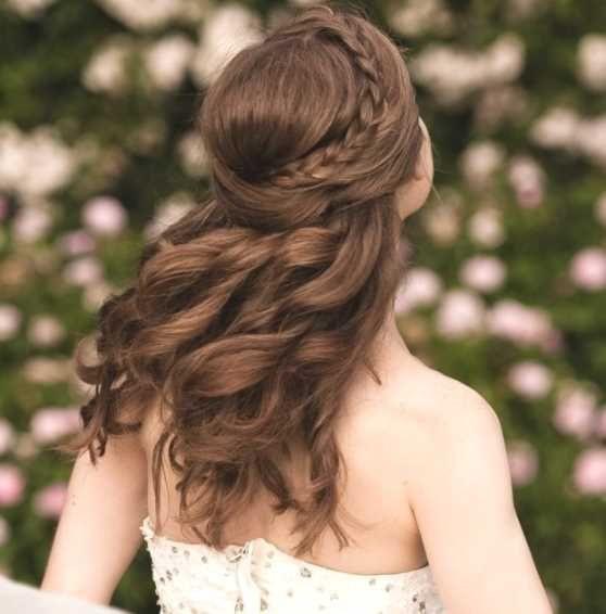 Frisuren Halboffen  Die besten 25 Frisuren halboffen Ideen auf Pinterest