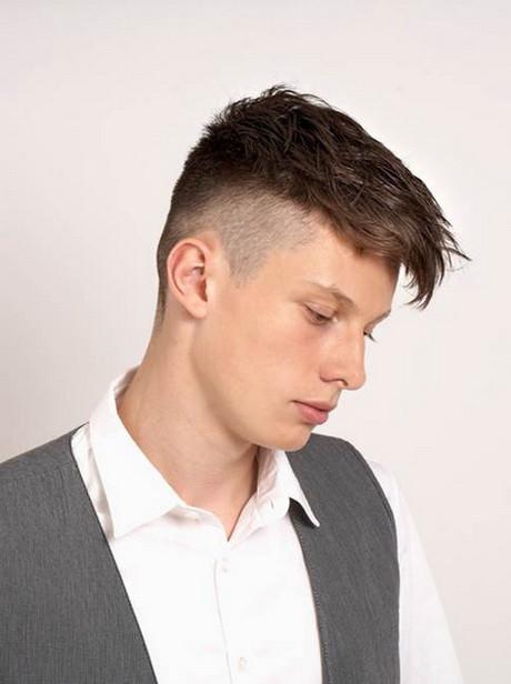 Frisuren Jungs Undercut  Kinderfrisuren jungen undercut