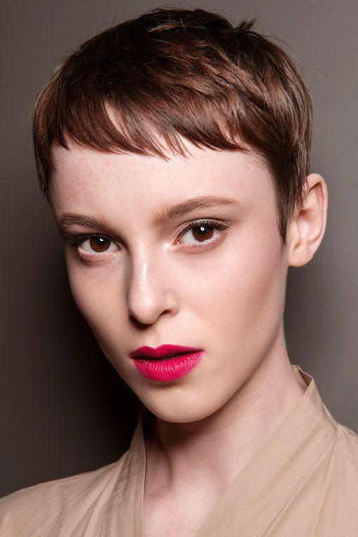 Frisuren Kurzhaar 2019  Frisurentrends 2019 Die schönsten Looks direkt vom