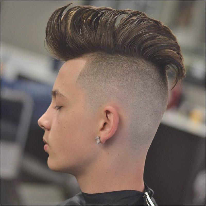 Frisuren Männer 2019 Undercut  Frisuren Trend Männer Von Undercut Frisuren Männer