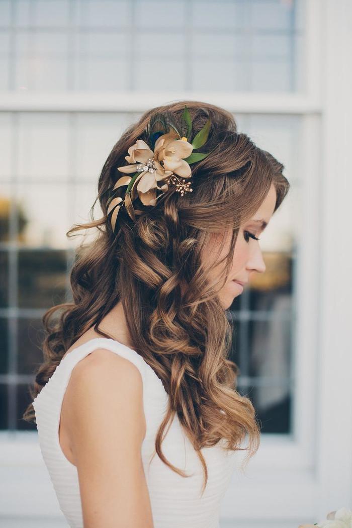 Frisuren Mit Blumen  90 Ideen für Brautjungfern Frisuren zur Inspiration und