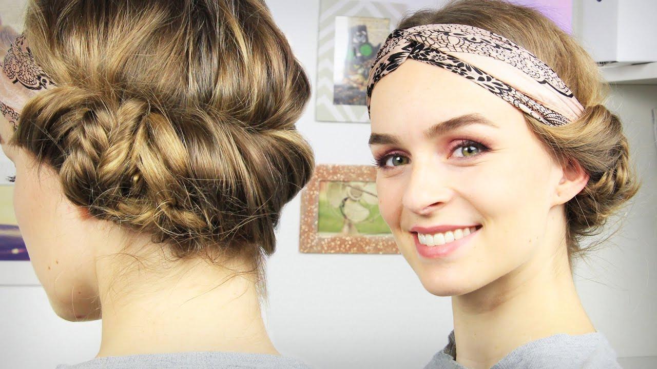 Frisuren Mit Haarband  Haare Haarband Frisur mit seitlichem Dutt Tuchhaarband