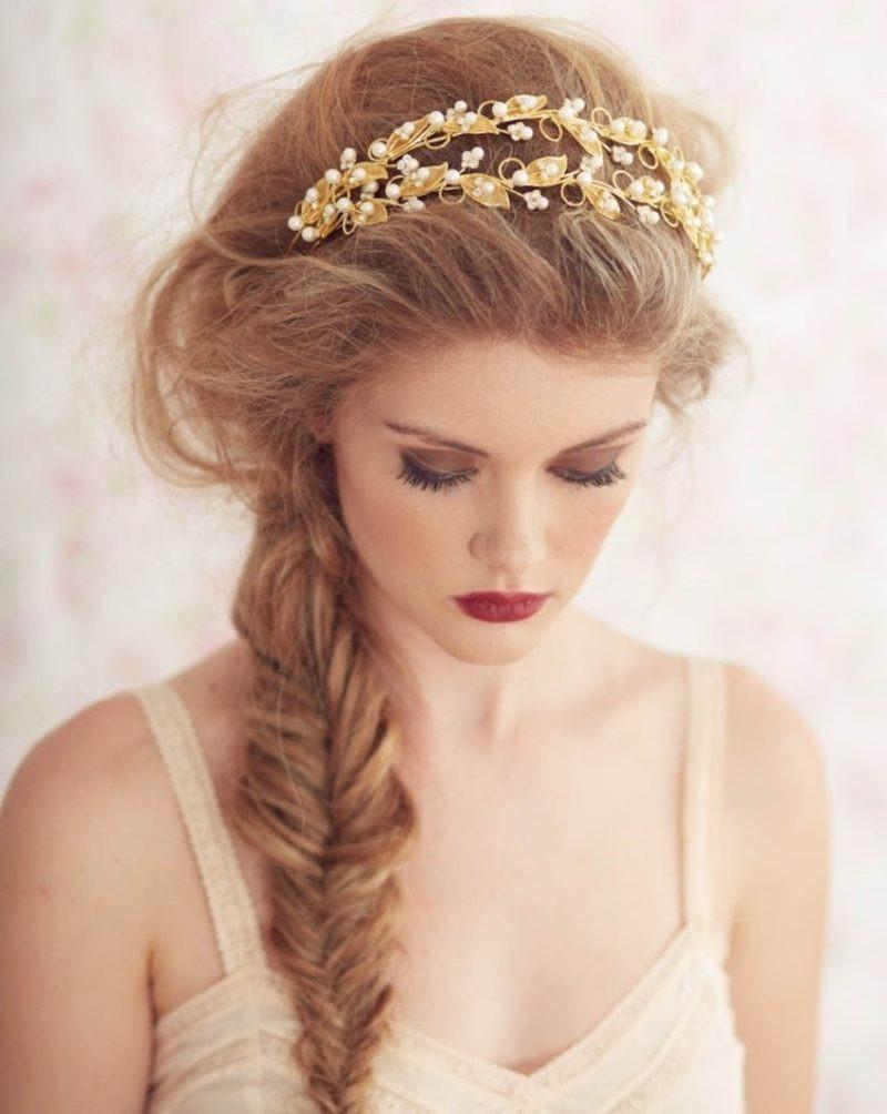 Frisuren Mit Haarband  24 herrliche Ideen für effektvolle Frisuren mit Haarband
