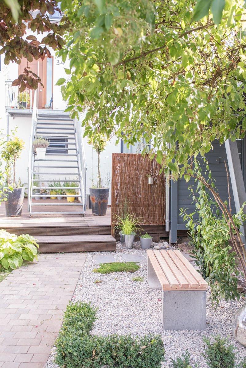 Garten Diy  DIY Gartenbank mit Beton und Holz Leelah Loves