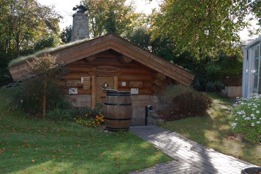 Garten Eden Dietzenbach  Maasauna Blockhaus 100°C im Garten Yelp