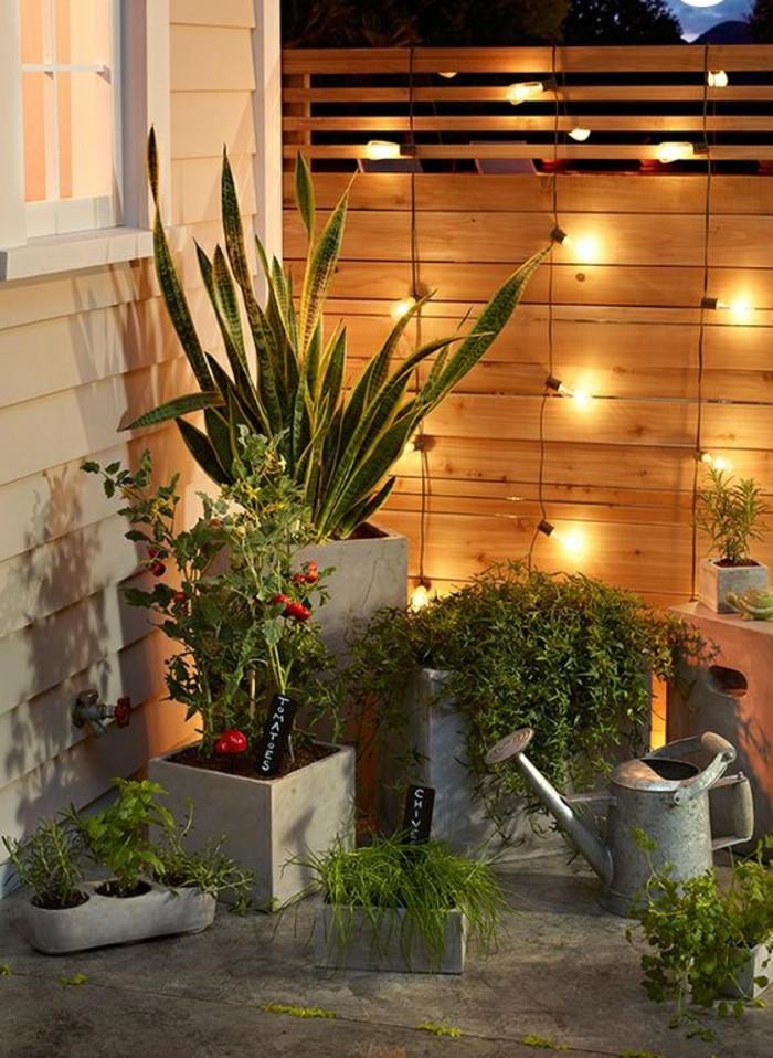 Gartenzaun Diy  Den Gartenzaun kreativ und interessant dekorieren 33