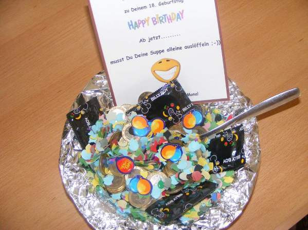 Geburtstag Geschenke Ideen  Lustiges Geldgeschenk zum 18 Geburtstag