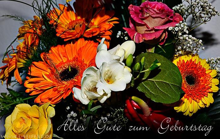 Geburtstagsbilder Blumenstrauss  Geburtstagblumen alles Gute Gesundheit für Dich und ein