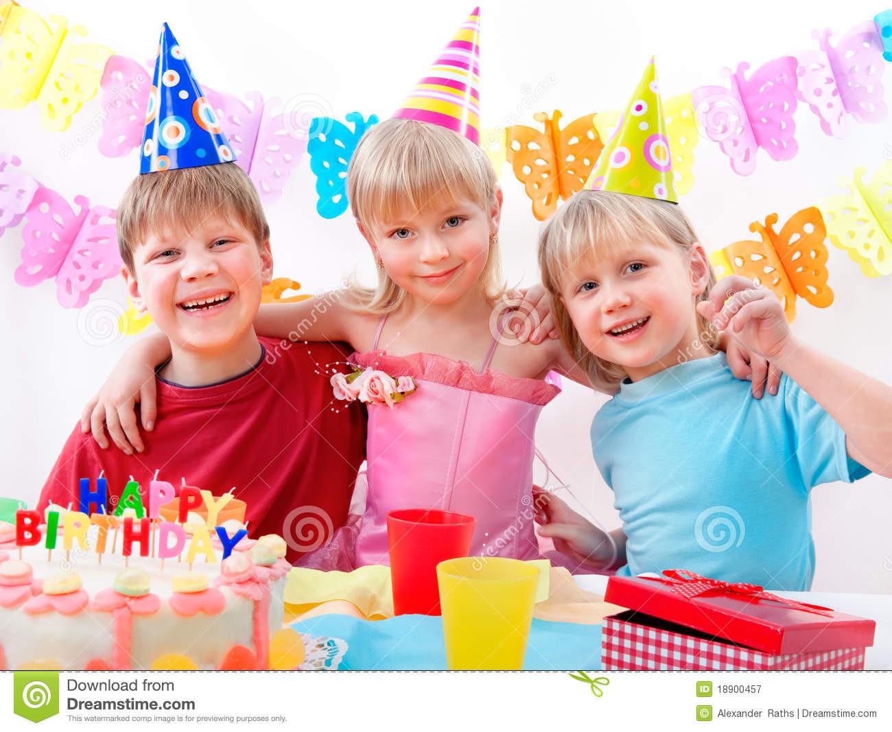 Geburtstagsfeier  Geburtstagsfeier stockbild Bild von haupt dekoration