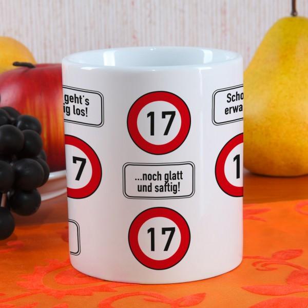 Geburtstagsgedichte Zum 17 Geburtstag  große Kaffeetasse zum 17 Geburtstag mit Verkehrszeichen