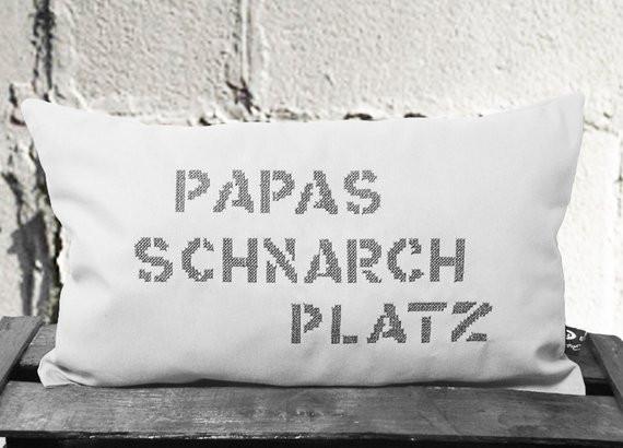 Geburtstagsgeschenke Für Papa  Ähnliche Artikel wie Kissen Papas Schnarchplatz