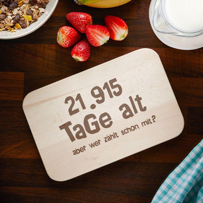 Geburtstagsgeschenke Zum 60  Graviertes Frühstücksbrettchen Alter in Tagen zum Geburtstag