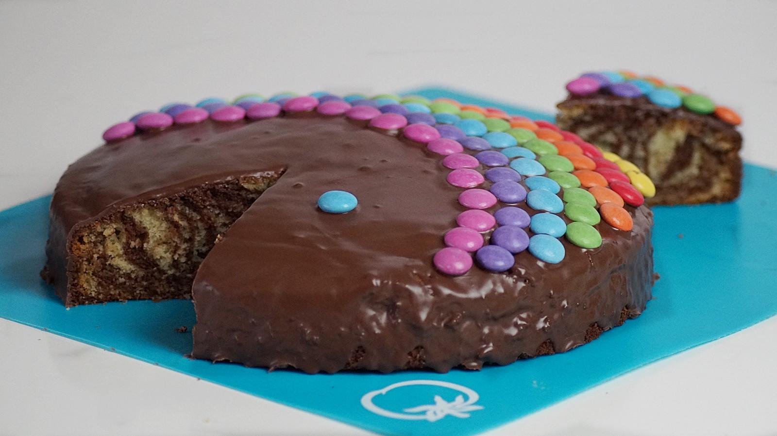 Geburtstagskuchen 5  Regenbogen Zerbrafisch Geburtstagskuchen