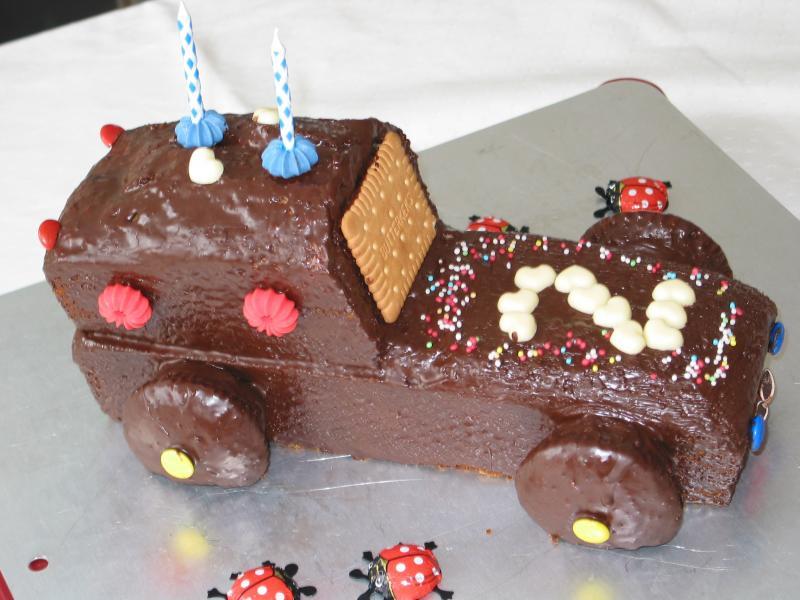 Geburtstagskuchen Auto  Kuchen und Torten Fotoalbum