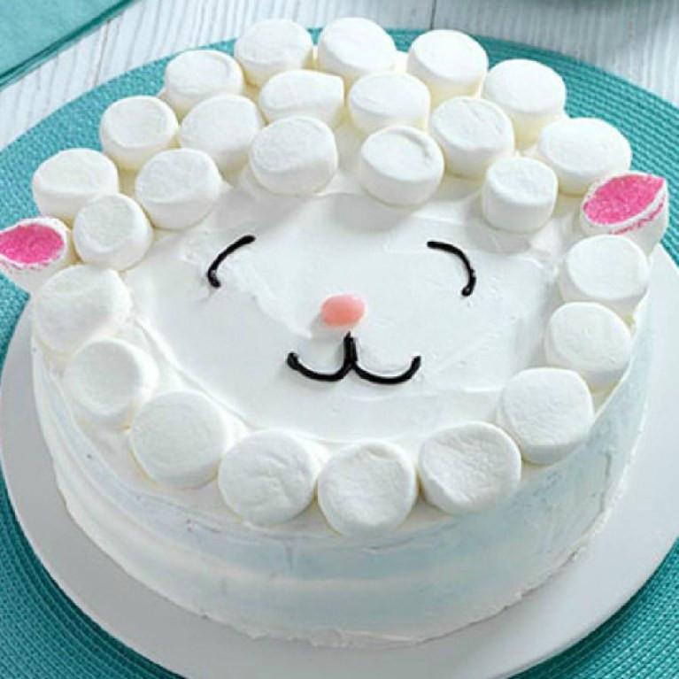 Geburtstagskuchen Ideen  4 unglaublich einfache Deko Ideen für Kuchen & Torten